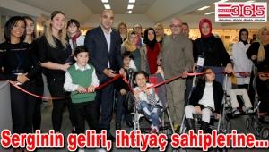 'Serebralpalsili Çocuklar Fotoğraf Sergisi' Bakırköy'de açıldı