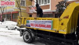 Bahçelievler Belediyesi karla mücadele çalışmalarını sürdürüyor