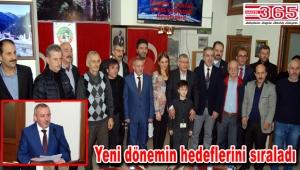 CUMDER'in kongresinde Yaşar Çakır'a tam destek…