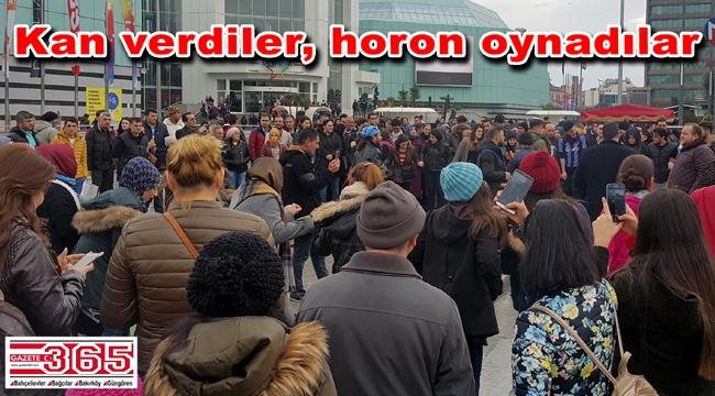 Trabzonlu gençler Kızılay'ın çağrısına kulak verdi, bağış noktasına koştu