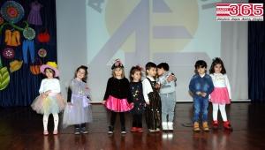 Arel Koleji'nin minikleri geleceğin giysilerini tasarladılar...