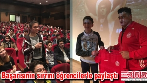 Avrupa ve Dünya Şampiyonu Rıza Kayaalp gençlerle buluştu