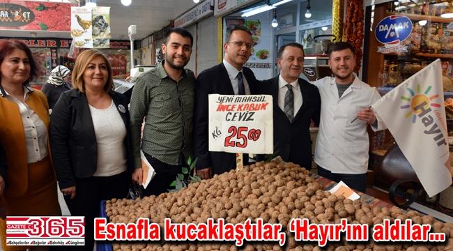 CHP'li Belediye Başkanı Özcan Işıklar Bahçelievlerlilerle buluştu