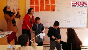 İhlas Koleji öğrencileri İngilizce öğretti