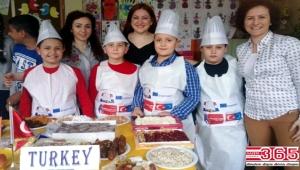 Bahçelievlerli öğrenciler Türk lezzetlerini Slovakya'ya taşıdı