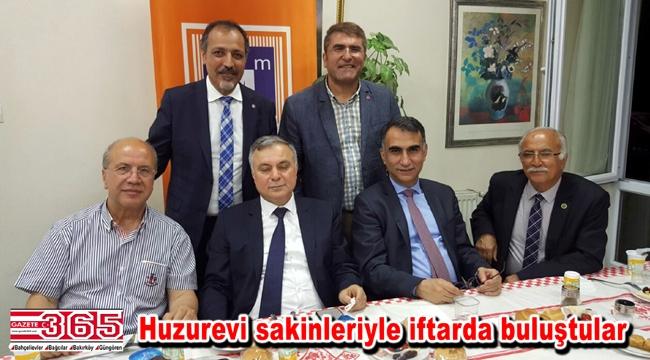 Mali Müşavirler Bakırköy'de huzurevi sakinleriyle iftarda bir araya geldi