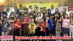 Şehit Mahir Ayabak Satranç Turnuvası yapılan ödül töreni ile sona erdi