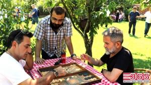 Yerel Gazeteciler piknik yaptılar, doyasıya eğlendiler