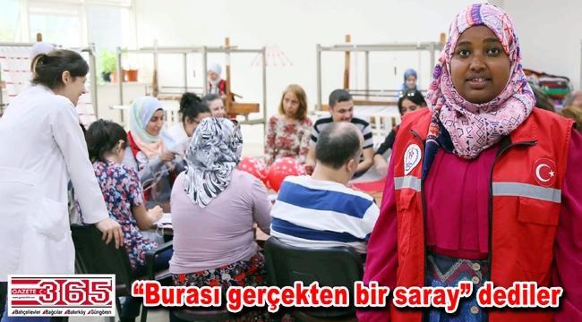 Uluslararası öğrenciler Engelliler Sarayı'na hayran kaldı
