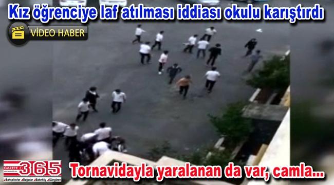 Bakırköy'de bir lisede inşaatçılarla öğrenciler birbirine girdi