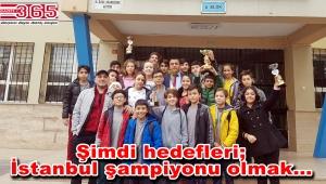 Kuleli Ortaokulu öğrencileri Bahçelievler şampiyonu oldu