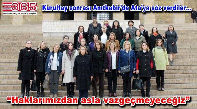 CHP'li kadınlar Anıtkabir'de Ata'nın huzuruna çıktı
