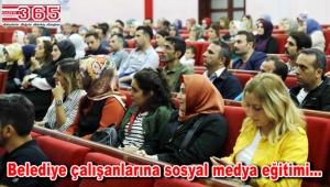 Bağcılar'da belediye çalışanlarına sosyal medya farkındalık eğitimi verildi