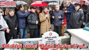 Münir Özkul kabri başında anıldı