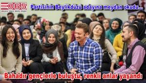 AK Parti'nin Bahçelievler Adayı Hakan Bahadır gençlerle canlı yayında buluştu