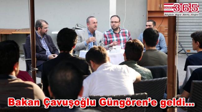 Bakan Çavuşoğlu Güngören'de gençlerle buluştu