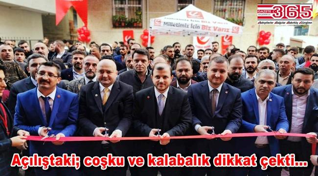 Yeniden Refah Partisi, Çobançeşme'de mahalle temsilciliği açtı