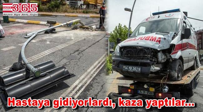 Bahçelievler'de ambulans kaza yaptı: 3 yaralı