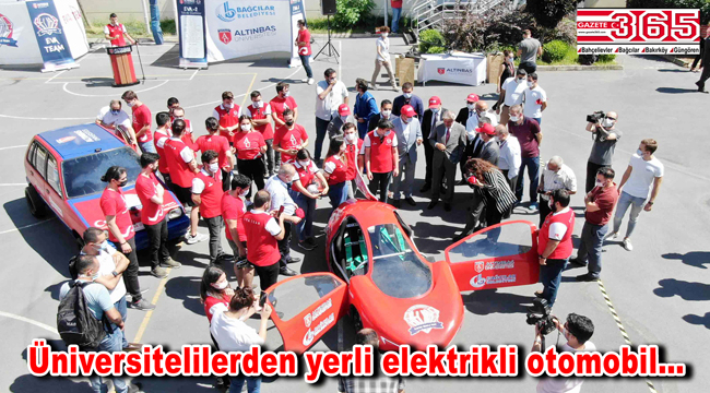 Bağcılar'da üniversite öğrencileri, EVA-2 adlı yerli elektrikli otomobili tanıttı