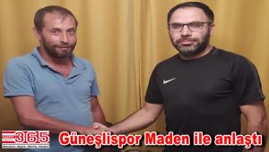 Bağcılar Güneşli Spor Kulübü Teknik Direktör Özcan Maden ile el sıkıştı