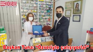 AK Parti Bahçelievler'den eczacılara ziyaret