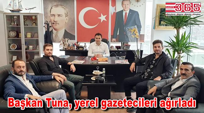 AK Parti İlçe Başkanı Tuna, gazetecilerle gündemi değerlendirdi