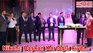 Başkan Durmuş Korkmaz'ın kızı Ebru Korkmaz dünya evine girdi