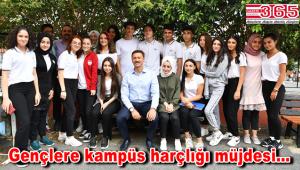 Üniversiteyi kazanan Bahçelievlerli her öğrenciye karşılıksız Bin 200 TL'lik katkı