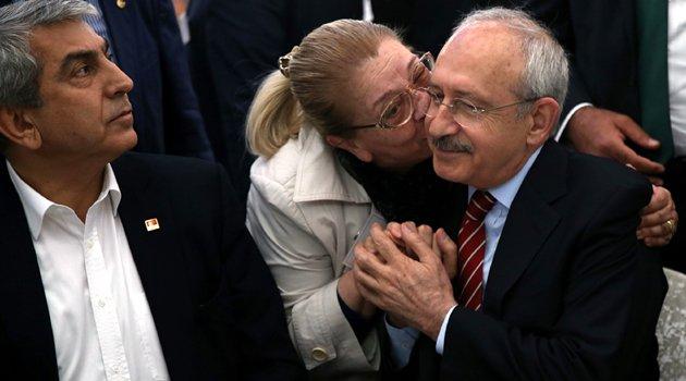Kılıçdaroğlu Bakırköy'de sağlık çalışanlarıyla buluştu